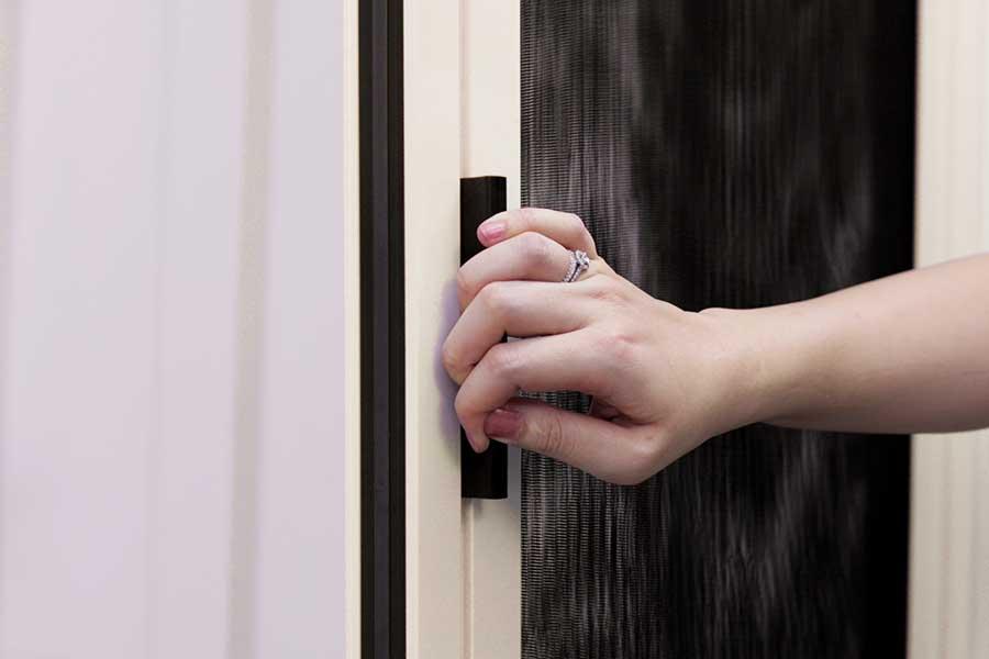良展摺疊紗門摺疊紗窗 - 紗門紗窗磁條吸鐵設計