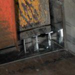 使用刀良展工廠具有專業刀床, 可精確快速切出需要的紗窗鋁料