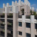 與良展配合之建案 - 台中市 - 國泰綠博苑 - 產品 : 摺疊紗門 / 摺疊紗窗 - 頂樓外觀